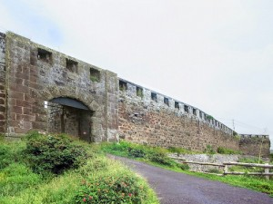 石で造られた城壁